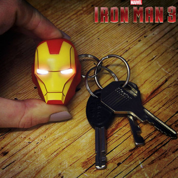 Porte clé Iron Man à led