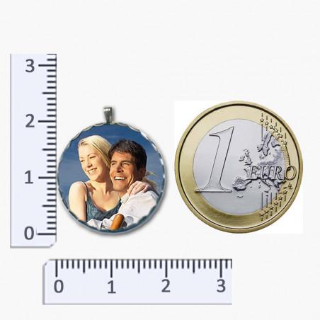 Photo sur pendentif métal ciselés forme