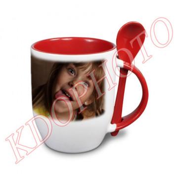 Photo sur tasse rouge avec...
