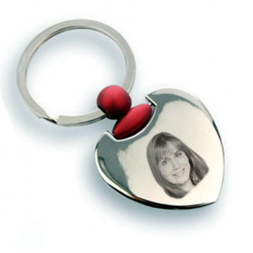 Porte clé coeur rouge gravé